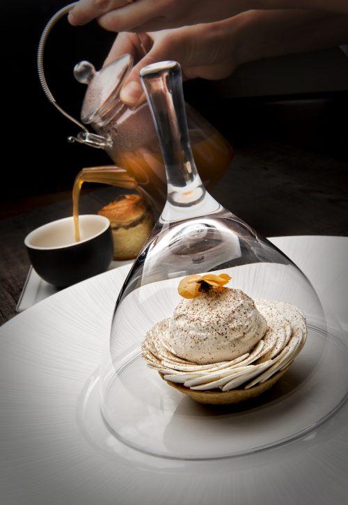 Tarte tout champignon, bouillon champignons parfumé au grué de cacao