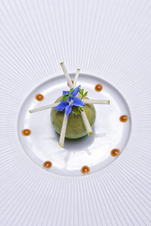 Sphère de foie gras de canard des Landes en gelée de granny smith